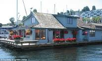 Sleepless in Seattle houseboat pic